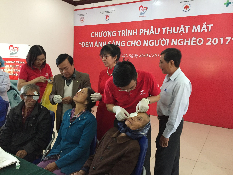 Phẫu thuật mắt tại Lâm Đồng do Dai Ichi Life tài trợ